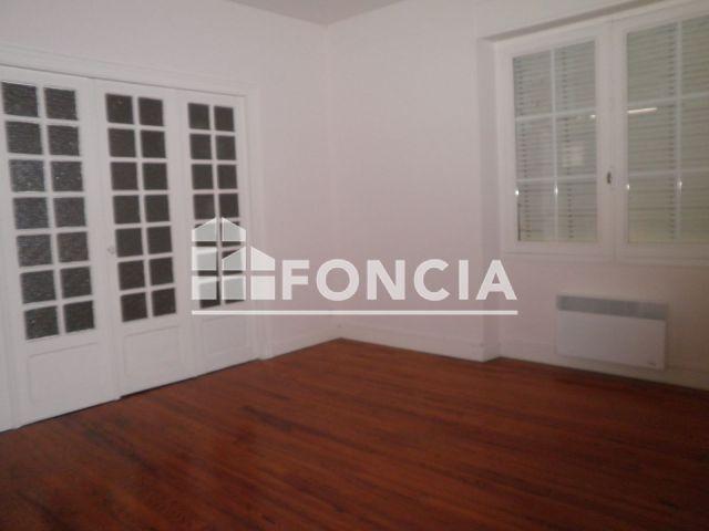 Appartement 6 pièces 130 m2 Oloron-Sainte-Marie