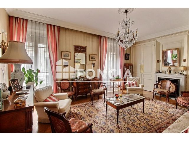 appartement 6 pi ces vendre lyon 69006 foncia. Black Bedroom Furniture Sets. Home Design Ideas