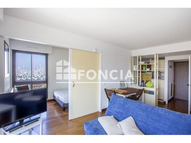 achat appartement 2 pi ces la rochelle 17000 foncia. Black Bedroom Furniture Sets. Home Design Ideas