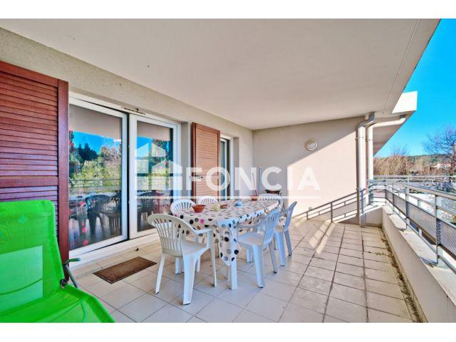 achat appartement avec parking garage box salon de provence 13300 foncia. Black Bedroom Furniture Sets. Home Design Ideas