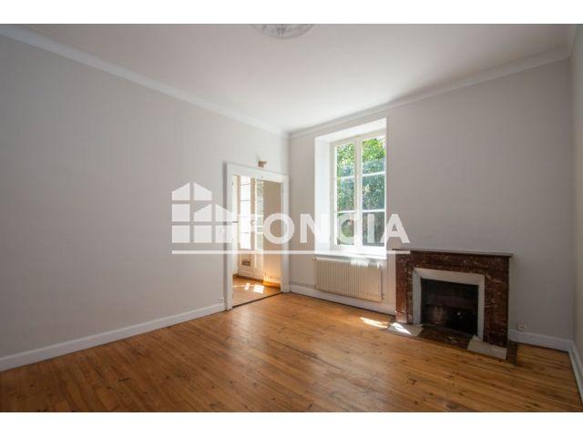 appartement 3 pi ces vendre pau 64000 74 m2 foncia. Black Bedroom Furniture Sets. Home Design Ideas
