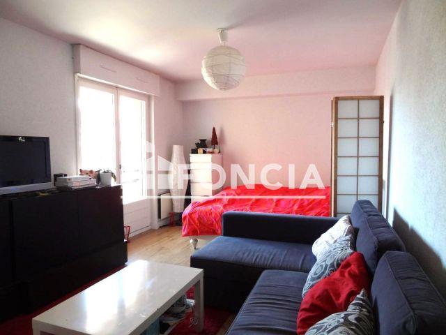 Appartement 1 pi ce vendre divonne les bains 01220 for Achat maison divonne les bains