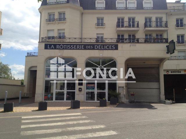 local commercial 4 pi ces louer saint fargeau ponthierry 77310 140 m2 foncia. Black Bedroom Furniture Sets. Home Design Ideas