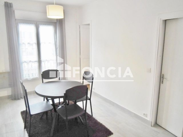 appartement meubl 2 pi ces louer paris 12 75012 foncia. Black Bedroom Furniture Sets. Home Design Ideas