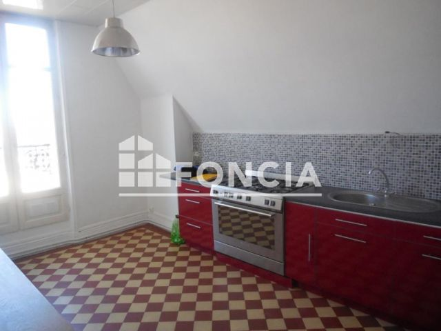 Annonces immobili res location foncia for Piscine 08000