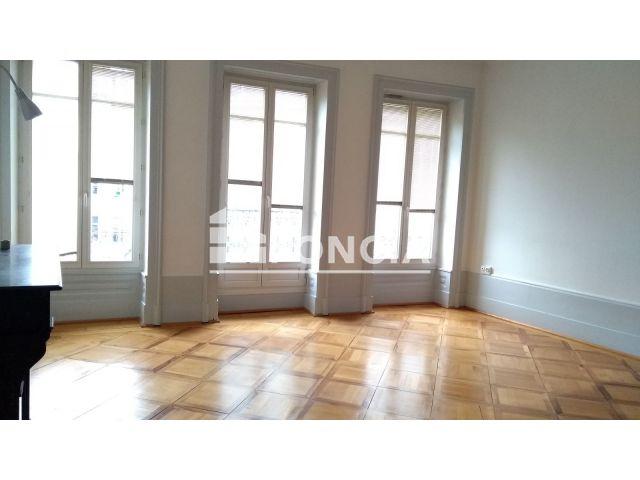 appartement 3 pi ces louer besancon 25000 m2. Black Bedroom Furniture Sets. Home Design Ideas
