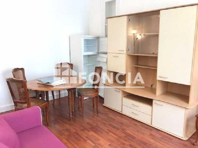Appartement meubl 2 pi ces louer paris 75015 foncia for Appartement meuble louer paris