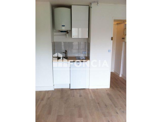 Appartement meubl 1 pi ce louer paris 75013 foncia for Appartement a louer meuble paris