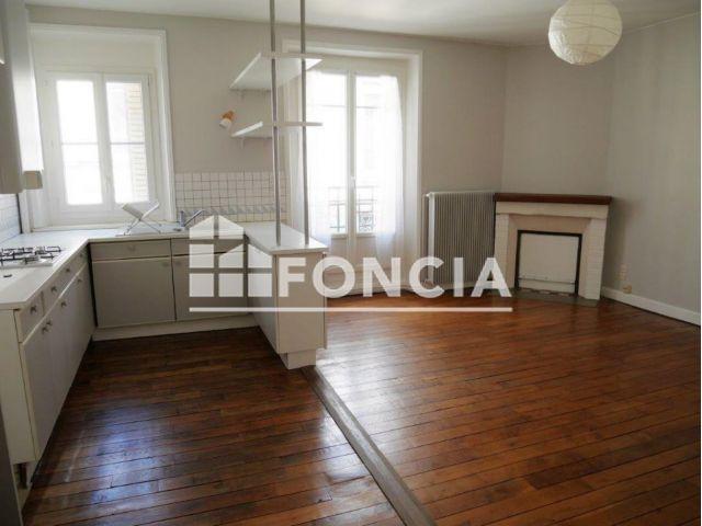 appartement 3 pi ces louer reims 51100 m2 foncia. Black Bedroom Furniture Sets. Home Design Ideas
