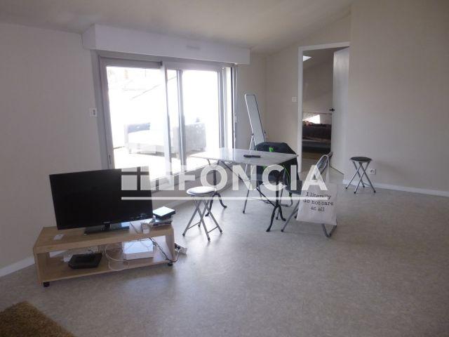 Appartement 2 Pieces A Louer La Roche Sur Yon 85000 44 01 M2