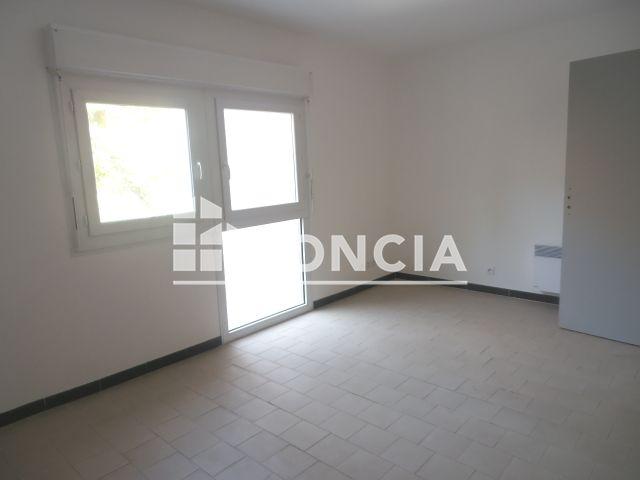 appartement meubl 1 pi ce louer nimes 30000 foncia. Black Bedroom Furniture Sets. Home Design Ideas