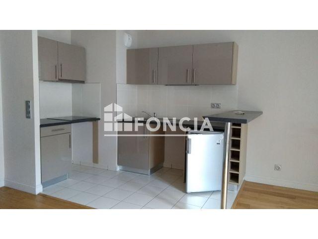 appartement 1 pi ce louer besancon 25000 m2. Black Bedroom Furniture Sets. Home Design Ideas