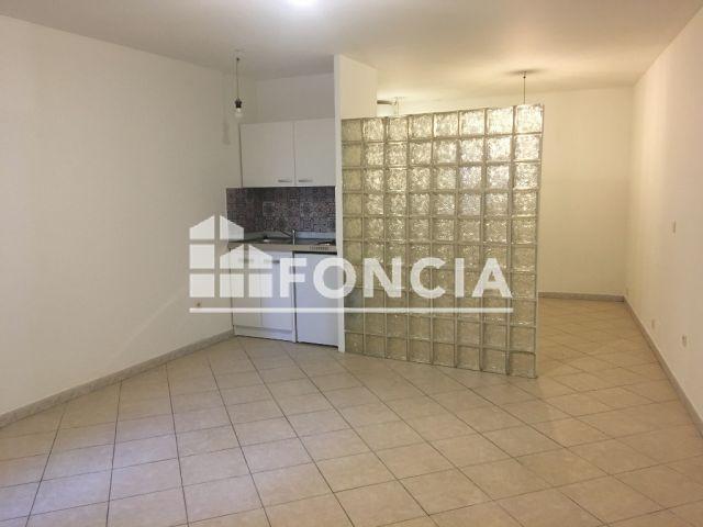 location appartement aubagne 13400 foncia. Black Bedroom Furniture Sets. Home Design Ideas