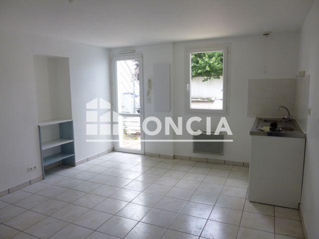 Appartement 1 Piece A Louer La Roche Sur Yon 85000 22 7 M2