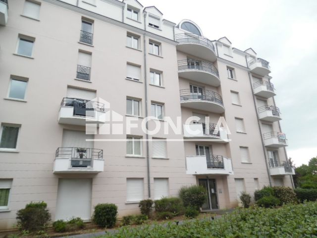 appartement 2 pi ces louer orleans 45100 45 2 m2. Black Bedroom Furniture Sets. Home Design Ideas