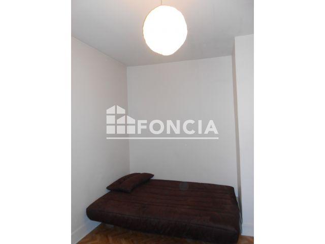 Appartement meubl 1 pi ce louer paris 75018 foncia for Appartement a louer meuble paris