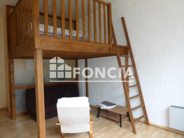 appartement 1 pi ce louer roanne 42300 m2 foncia. Black Bedroom Furniture Sets. Home Design Ideas