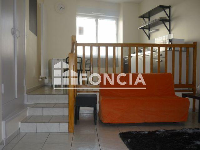 Appartement meubl 2 pi ces louer laval 53000 foncia for Meuble authentika laval