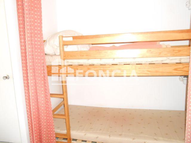 appartement meubl 1 pi ce louer cap d 39 agde 34300 foncia. Black Bedroom Furniture Sets. Home Design Ideas