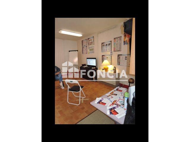 Immeuble à vendre, Mezeriat (01660)