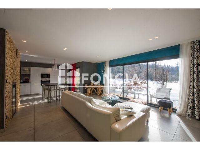 Maison à vendre sur Puy Saint Eusebe