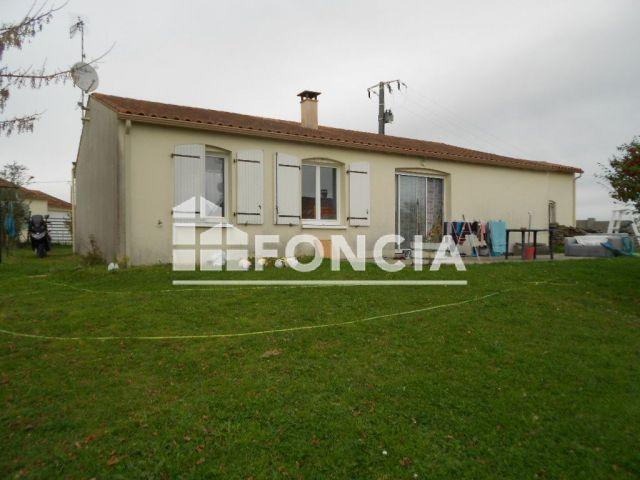Maison à vendre sur Saint Fort Sur Le Ne