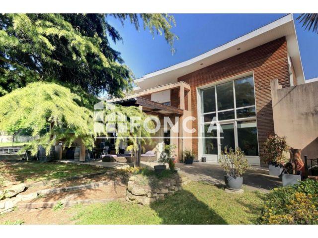 Maison à vendre sur Clonas Sur Vareze