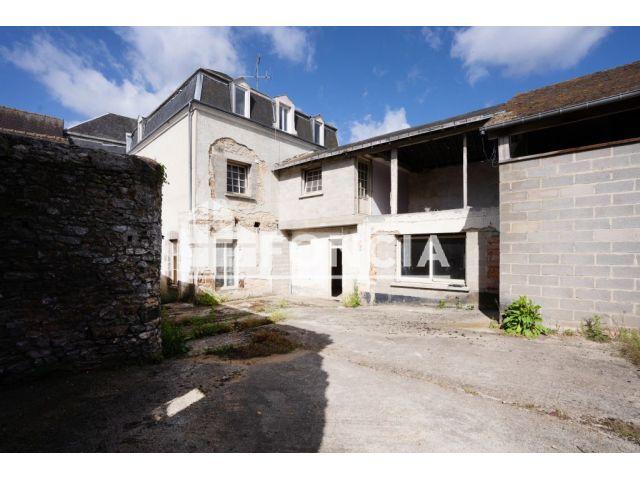Immeuble à vendre sur Fresnay Sur Sarthe