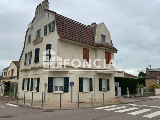 Immeuble à vendre sur Aubergenville