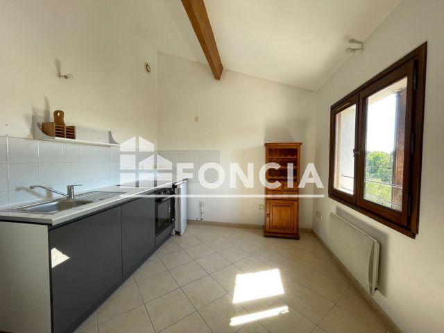 Appartement à louer, Roquemaure (30150)